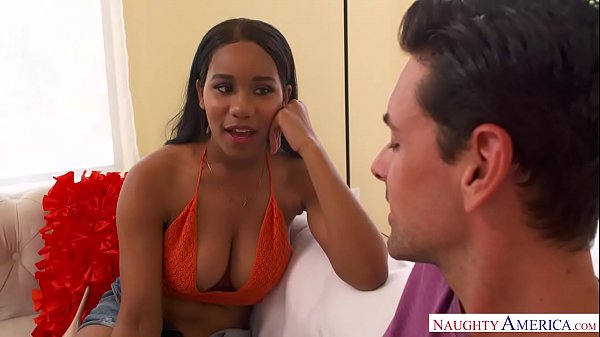 Stacked ebony babe wants white cock NOW! - Naughty America