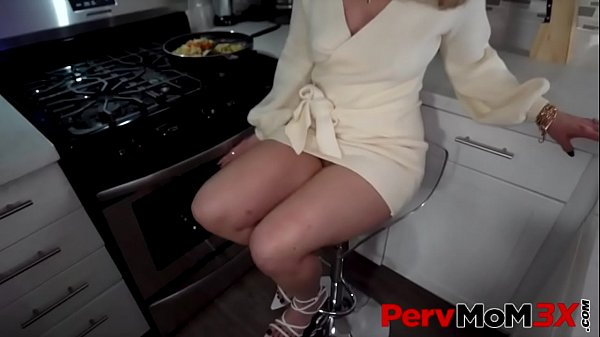 She Just Wants Attention - Lisey Sweet - FULL S...