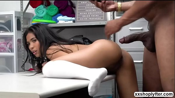 Jade cant handle sucking dudes bigcock