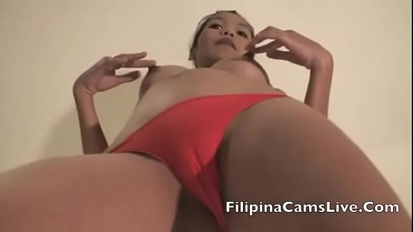 filipinacamslive.com sex chat girls strip off clothes and dance in hotel rooms