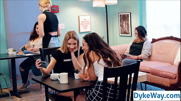 Lesbian influencers in the cafe