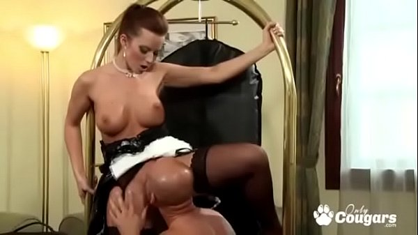 Cindy Dollar Takes A Break From Cleaning To Have Anal Sex