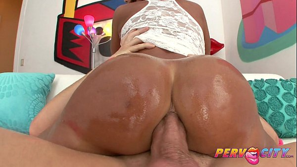 PervCity Hot Cougar Ass Fucked