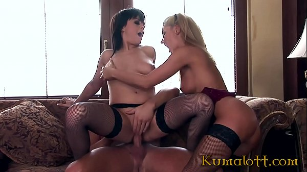 Kumalott - Anal For Two Lucky Girl In 3Some