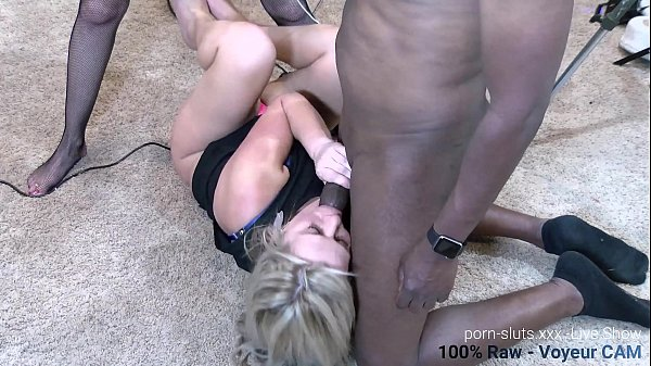 Real Swingers Suck and Fuck Huge Dick at Party   Fetswing Lifestyle Thumb