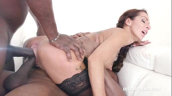 Valentina Sierra is coming to get fucked like a bitch IV318