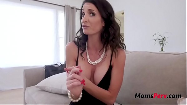 Son Blackmails His Way Into Mom's Pussy- Silvia Siage