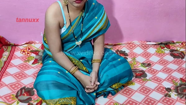 Indian Desi Village bhabhi sexy blowjob and pus...