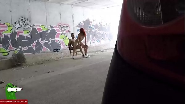 Fucking in a place between graffitis CRI126 Thumb