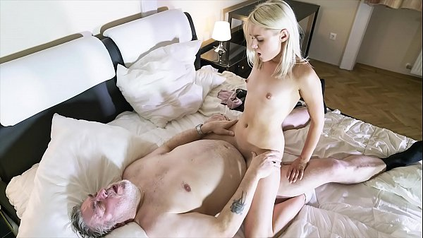 Old guy penetrates her young pussy and the girl gets cum in her mouth
