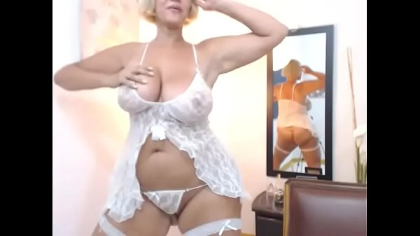 Hottest thick milf free stripped tease live cam Thumb