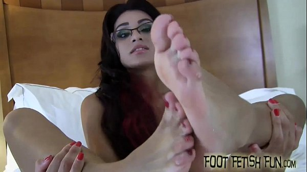 Six sexy feet for you to jerk off to