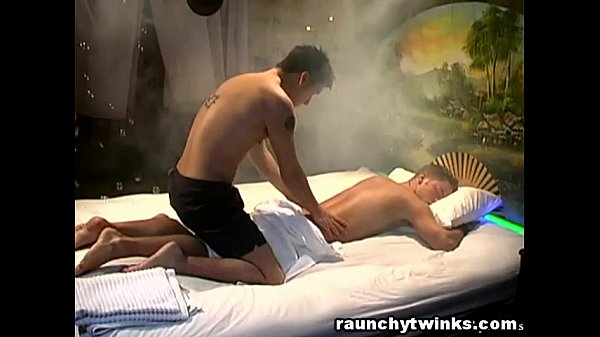2018-12-25 16:45:15 - Hot Masseur Seduced Me With His Amazing Sensual Massage 8 min  http://www.neofic.com