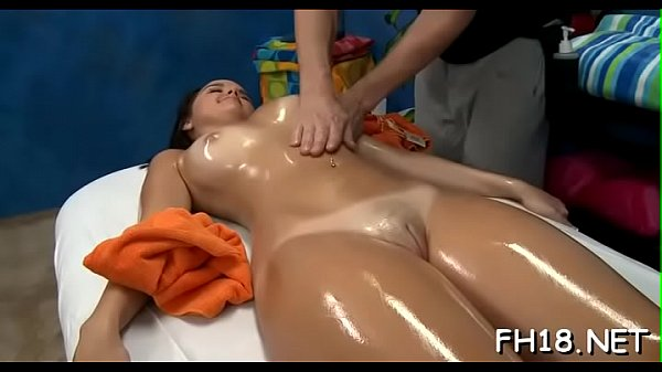 Her muff and ass banged
