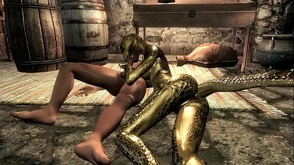 Female argonian gets laid with a guard