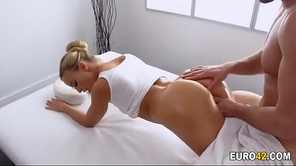 Masseur and client swapping roles for a good fuck Thumb