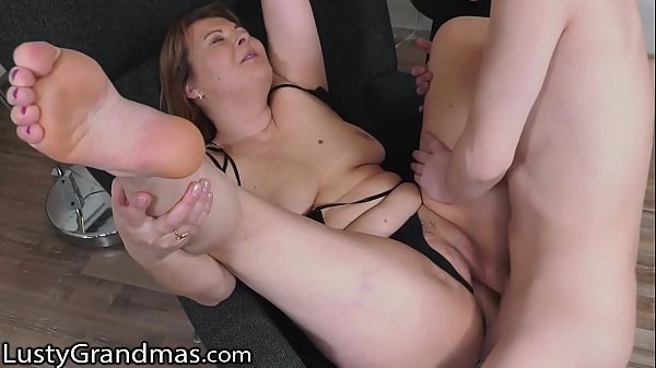 LustyGrandmas Sexy GILF Loves A Pounding Hard Breakfast In The Morning