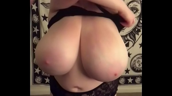 Cassie0pia Big Boobs CamGirl on YesBoobs