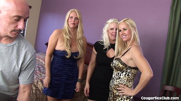 3 Blonde MILFs In a Full-On Orgy  thumbnail