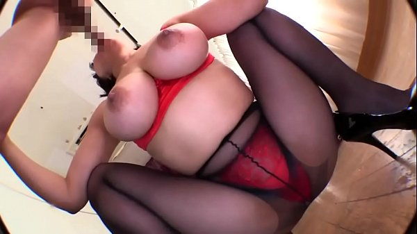 Japanese Babe Loves Vibrators and Sucking Dick