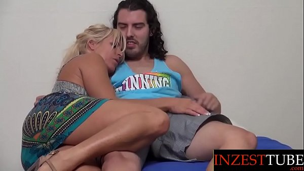 Inzesttube.com - Mom & Son