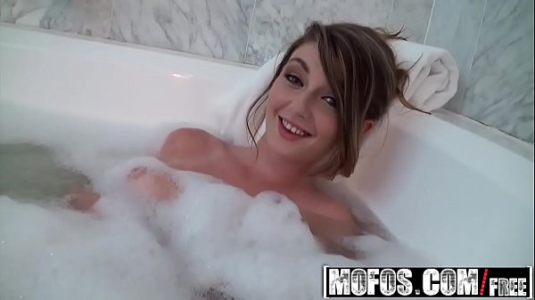 (Staci Silverstone) is Wet And Easy from bathtu...