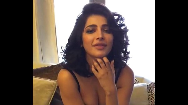 Shruthi Hassan bollywood actress Unseen Boobs Show Really Hot Watch Exclusive