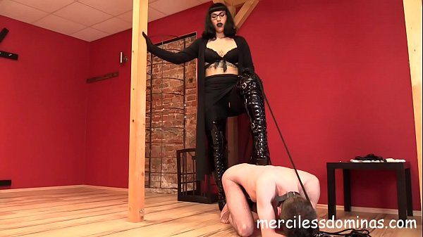 Filming Slave - Toy for Merciless Herrin Bestrafung Thumb