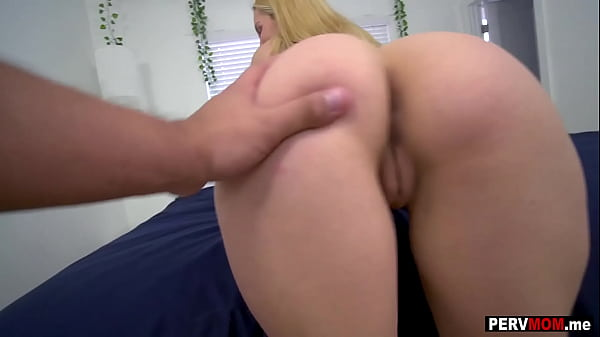 My stepmom Aaliayh Love caught me jerking off to secret pictures I took