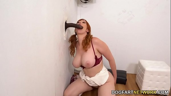Lauren Phillips Tries Gloryhole Sex With Big Bl...
