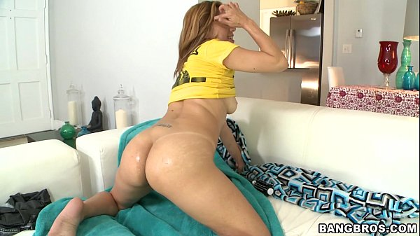 Amateur Latina Does Her First Porn Thumb