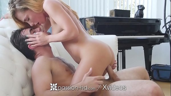 PASSION-HD Blonde Carter Cruise fucks piano technician as payment Thumb