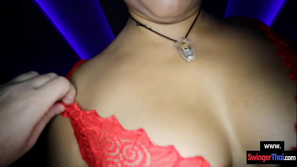 Big tits Asian amateur BBW girl hardcore porn with a foreigner