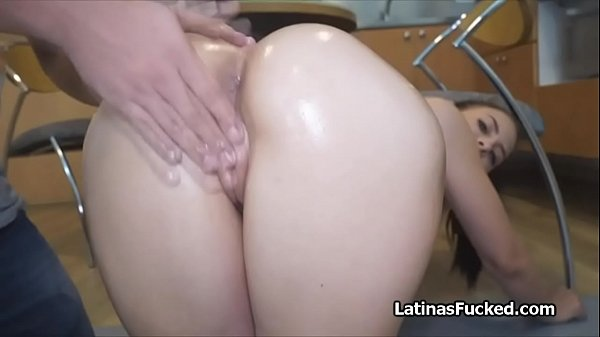 Kitchen casting with oily Latina amateur