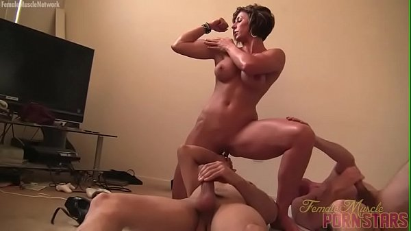 Female Muscle Porn Star Masturbates While Being Worshipped