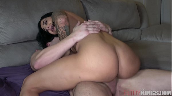 Slutty Wife Gets Caught Fucking Another Man When Husband Comes Home Thumb