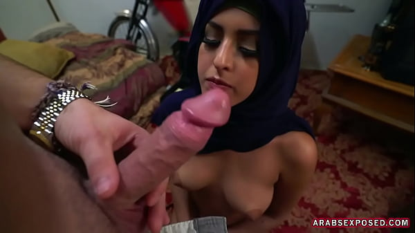 ARABS EXPOSED - Sexy Muslim Girl Was Down On Her Luck So I Stepped In To Lend A Helping Cock