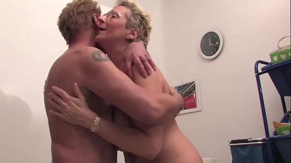 Free Version - I saw my fuck in the basement, my father cumshot inside and she enjoyed like a cow in heat