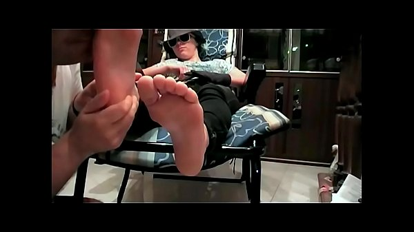 Stinky Feet Directly From Essex (ItalFetish - Fetish Obsession)