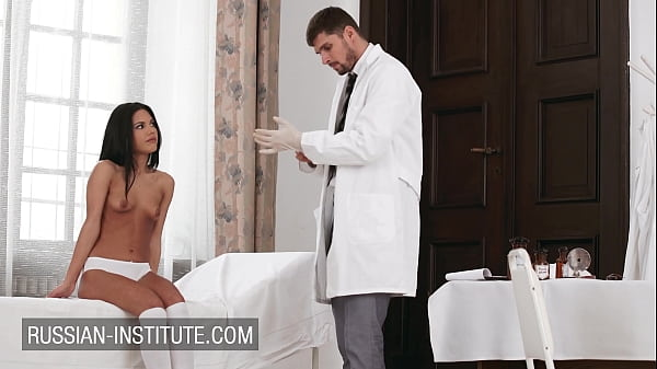 Latina Apolonia Lapiedra passionate sex with doctor