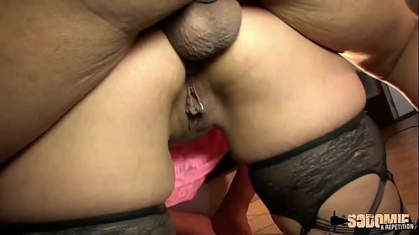 Lilou, a real slut who wants to dilate her ass in a gangbang