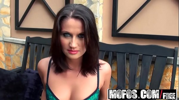 Mofos - Mofos World Wide - Blue Eyes And Anal starring Madlin Moon