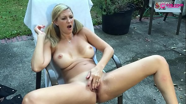 Outdoor Squirt show