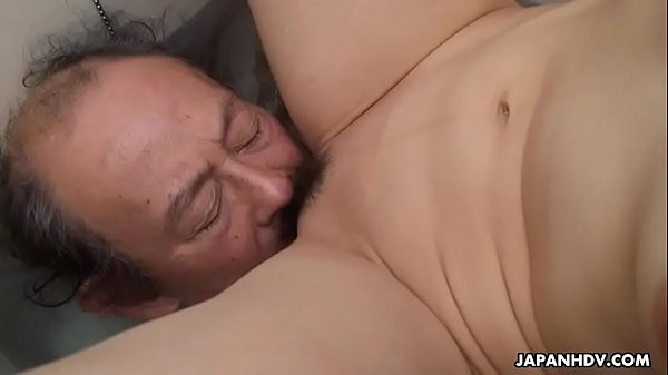 Nonton video bokep Filthy cheating wife getting her pussy eaten by the dude Mp4