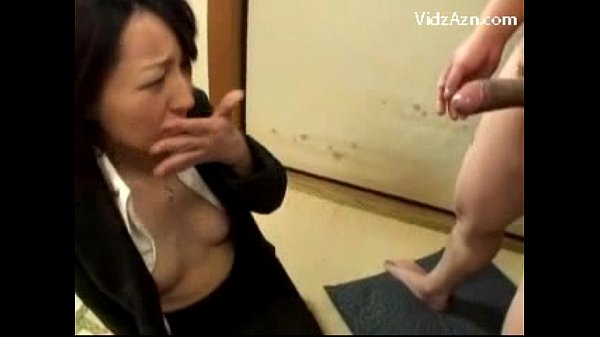 Asian Girl On Her Knees Getting Her Mouth Fucked By 2 Guys Facial