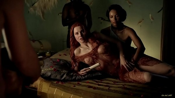 Lucy Lawless - Spartacus: S01 E02 (2010)