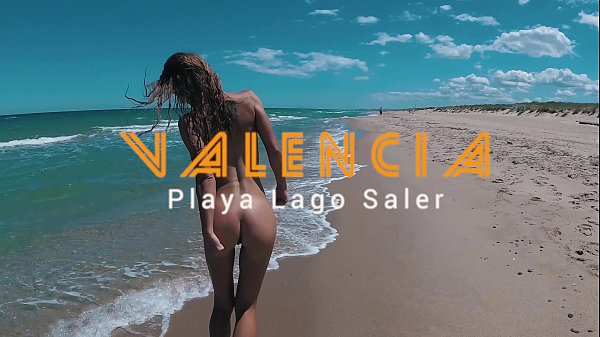Russian Girl Sasha Bikeyeva - I'm nude and beautiful on Lago Saler beach in Valencia Thumb