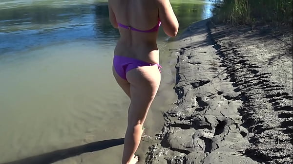 Juicy PAWG and hairy pussy in a swimsuit outdoors. Amateur fetish, exhibitionism.
