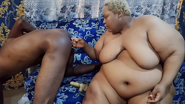 AFRICANCHIKITO USED HER DILDO TO FUCK AND FINGER HER MAN'S ASS