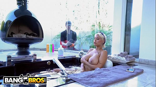 BANGBROS - Chris Strokes Spies On Busty Babe Bridgette B And Gets Lucky